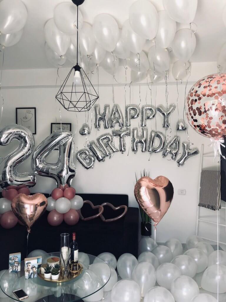 בלונים ליום הולדת 24